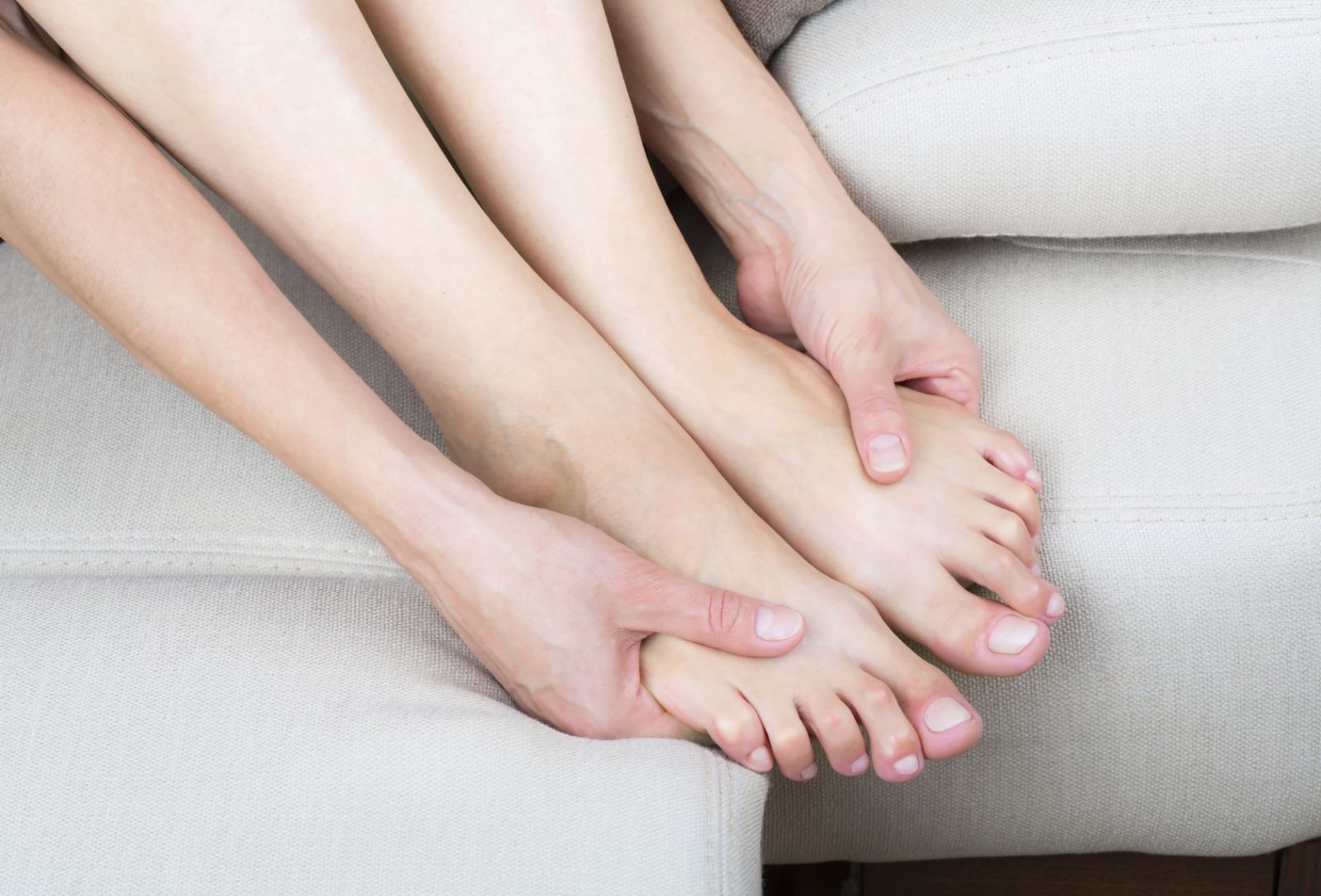 foot-massage-care-feet